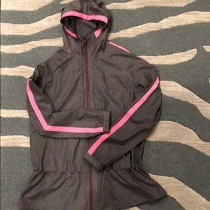Lululemon lightweight waterproof jacket size 8